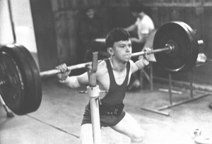 Pavlov Konstantin exercise squats in 1991